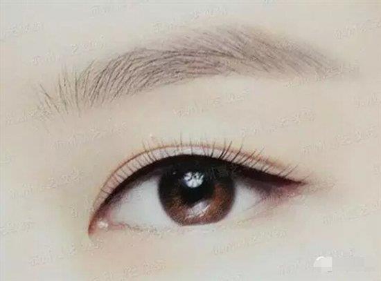 长沙艺星怎么样美瞳线简约而不简单