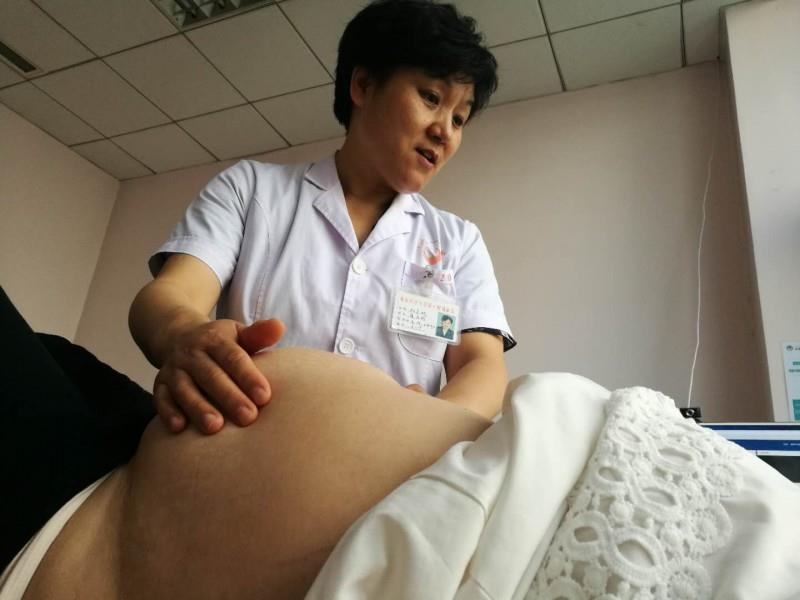 """怀孕""""邂逅""""卵巢囊肿 可考虑腹腔镜手术治疗"""