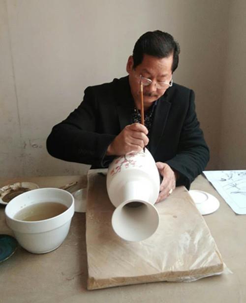 优秀陶瓷书画家、艺术名家凌建平作品欣赏