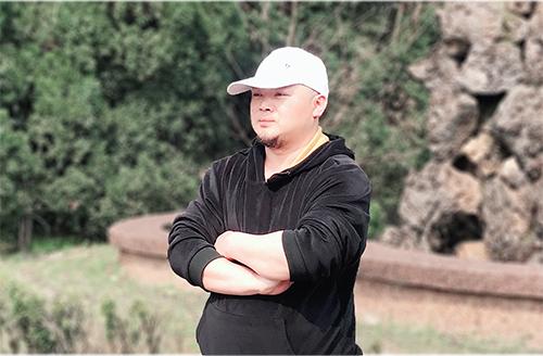 探访景德镇青花分水工艺传承人刘有良