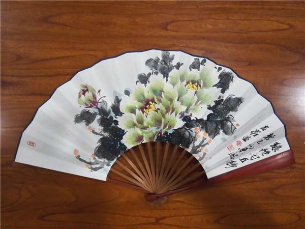吉庄牡丹-绿艳闲且静.jpg