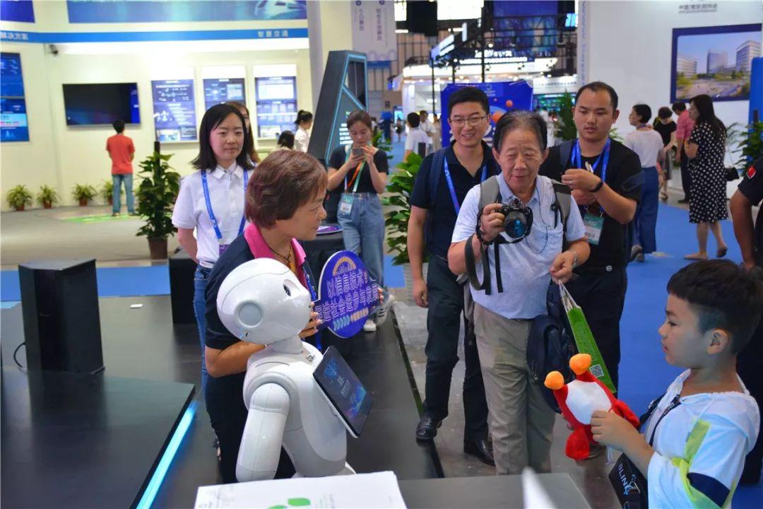 聚焦软博会 | 擎天科技携多款产品精彩亮相中国(南京)软博会!