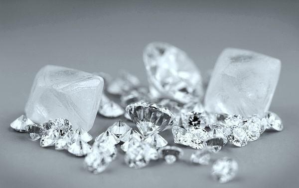 Sacotech:利润降低流资不足 七月份全球钻石价格下跌