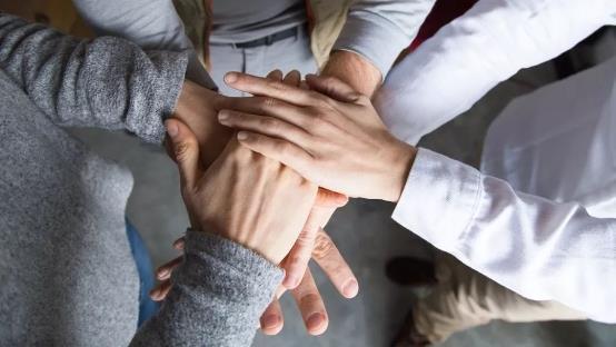 10种暖心方式,教你如何有效帮助身边患癌的朋友