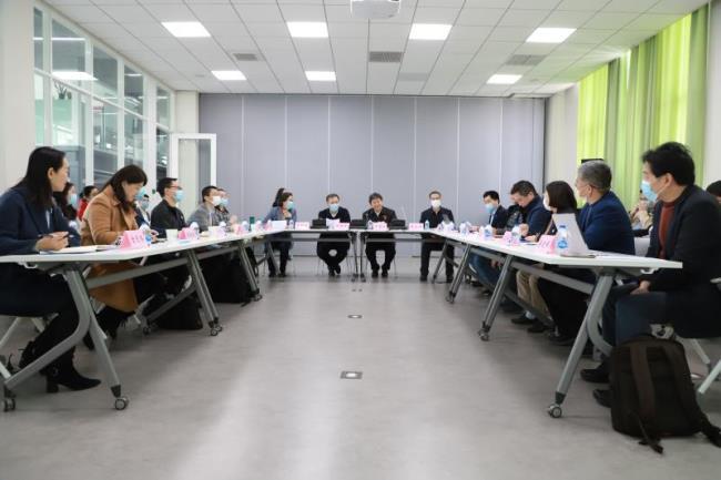 上海交通大学校党委书记杨振斌调研本科人才培养工作