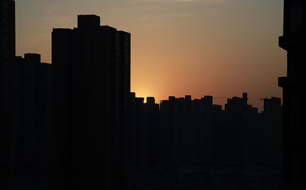 四皓酒业董事长徐书武在商洛召开部分市政协委员和经济协作联谊会代表座谈会上的发言