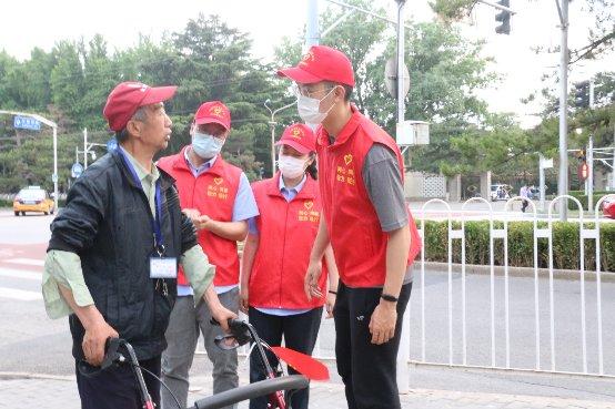 """""""服务两会,我们在行动""""——中建三局北京公司 西城区在建工程项目开展""""两会""""志愿服务活动"""