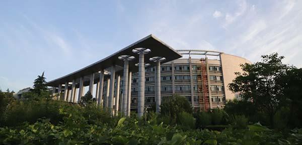 两会提案聚焦功率半导体 华微电子肩负重任专注打造中国芯