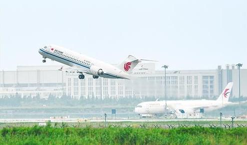 ARJ21飞机正式入编三大航今年国航、东航、南航将陆续各接收3架