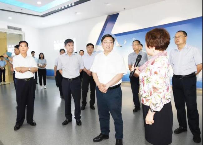 市委书记张敬华再赞科远:立身创新做好工业经济龙头支撑