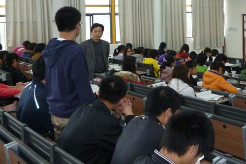 王战军:创建教育科技评估新体系
