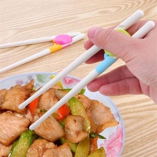 你知道吗?用筷子有助宝宝智力开发