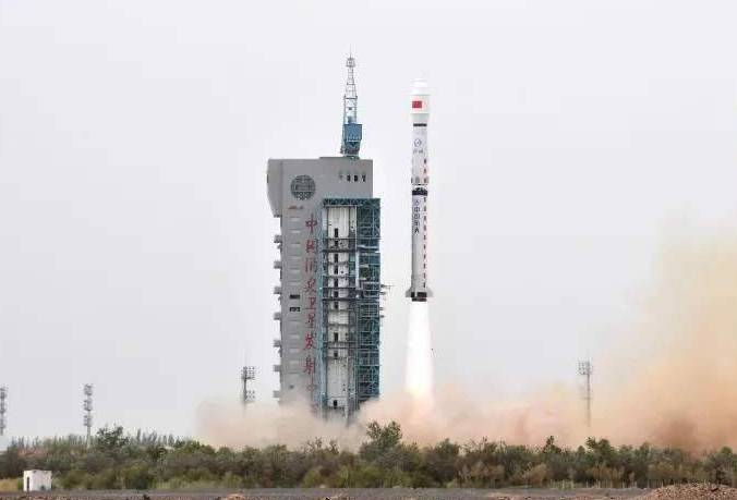 我国在酒泉卫星发射中心成功将海洋二号C卫星送入预定轨道