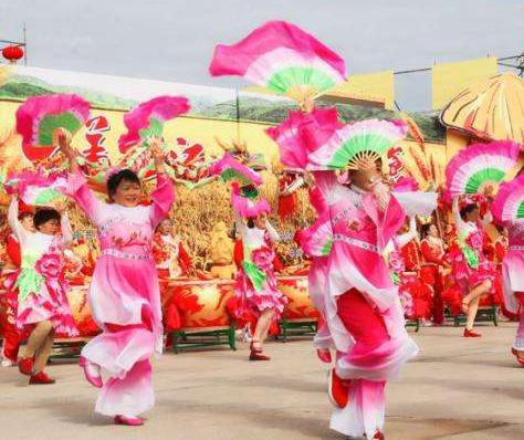 2020年黑龙江省农民丰收节22日在佳木斯富锦市长安镇永胜村举行