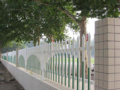 华北围墙钢质护栏生产厂家 围墙护栏厂家价格