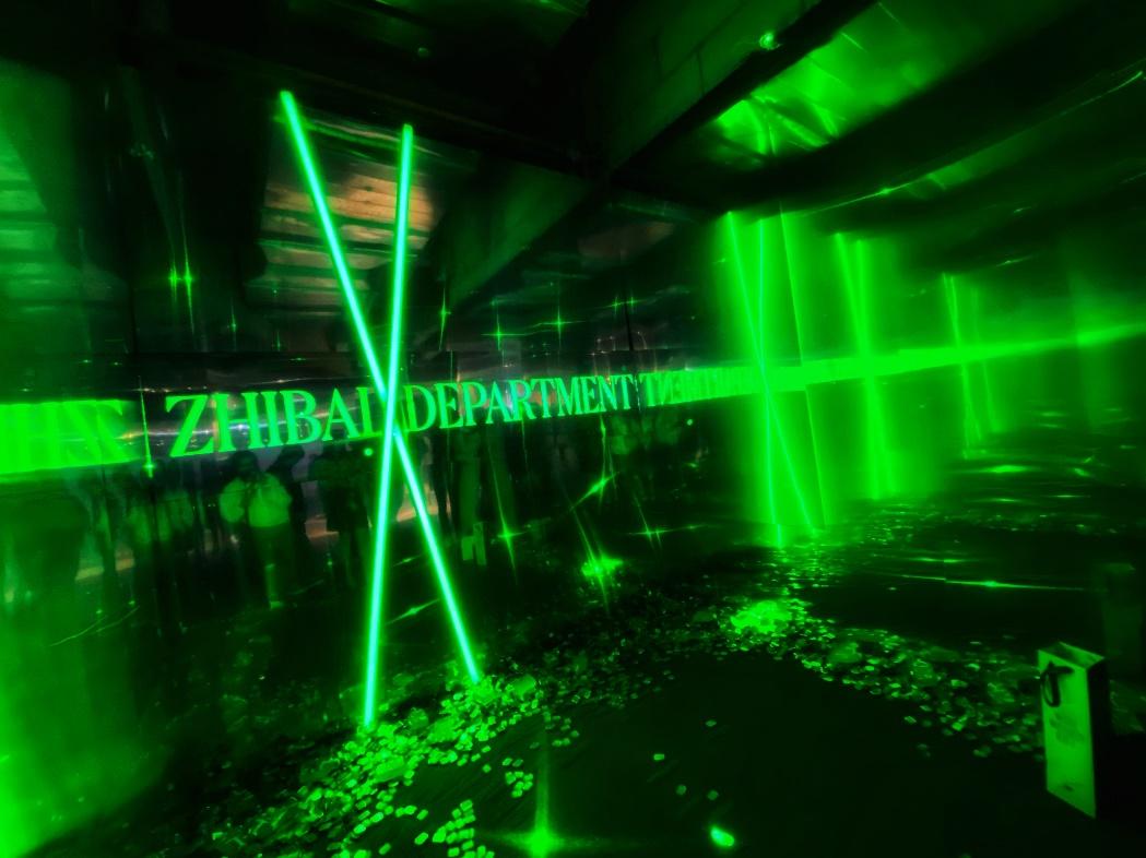 ZHIBAI X DEPARTMENT跨界联名 摩登诠释女人致命诱惑