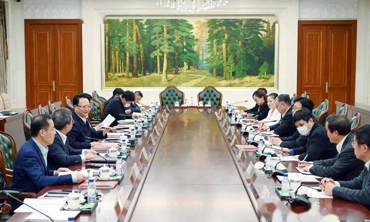 景俊海与中星微电子集团创建人邓中翰举行会谈