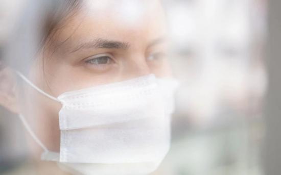 """癌症患者如何应对新冠肺炎所带来的""""重复精神创伤"""""""