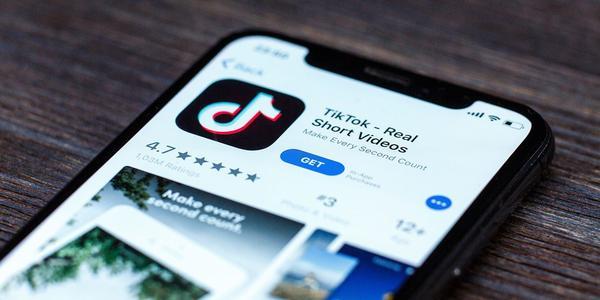 双榜冠军:抖音及TikTok获2020年全球热门娱乐应用下载、收入