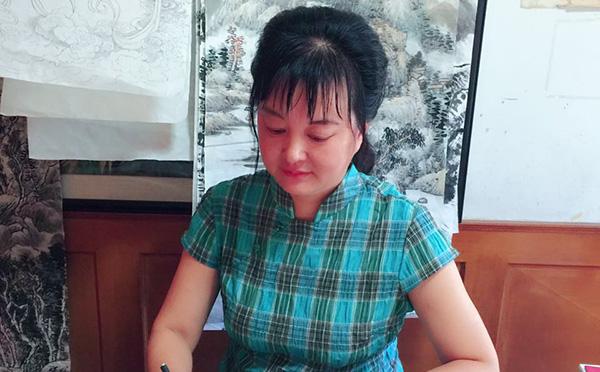2021艺术界新时代人物黄青玲:清新脱俗兼工带写的艺术风貌