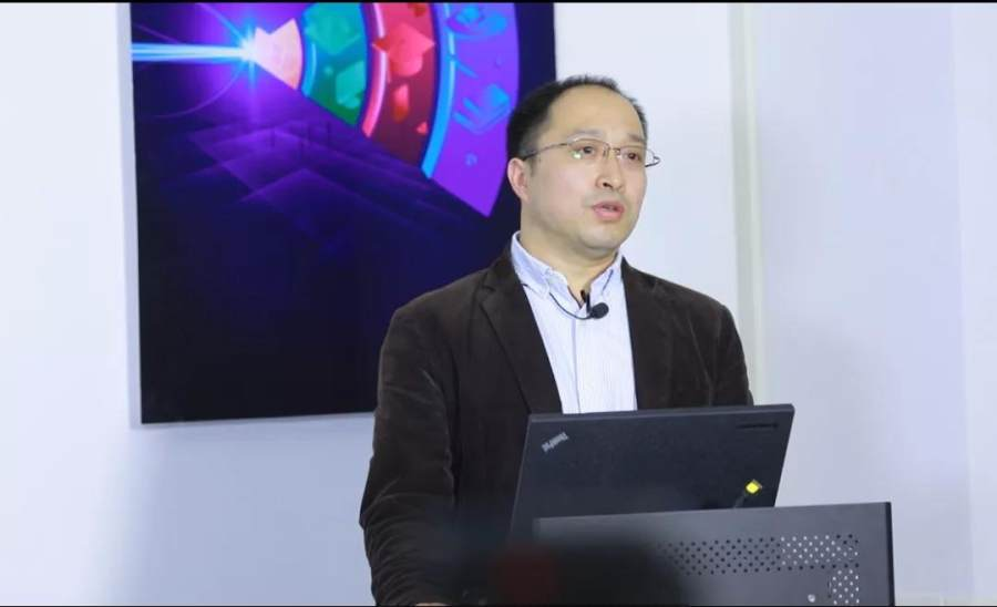 新华三召开智慧校园建立研讨会,以极智Wi-Fi 6使能教育信息化革新